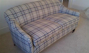 Sofa with complete upholstery